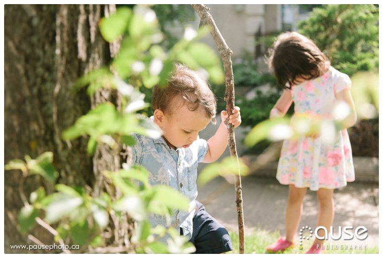 Lifestyle Family Photographer, Children Playing