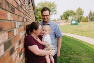 Family photography sessions in Edmonton